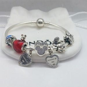 Pandora bangle + 7 Pandora Disney charms set